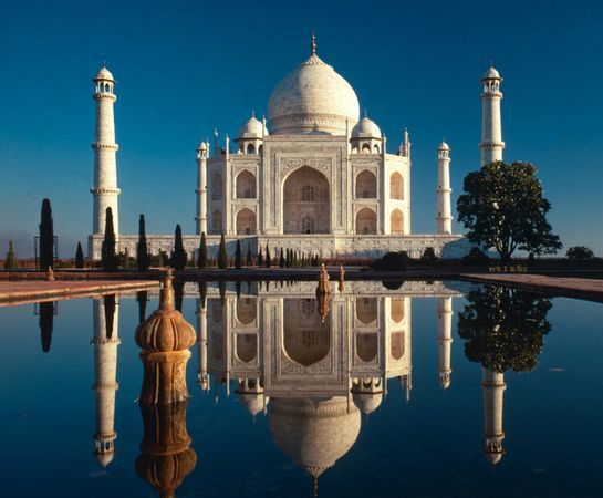 new-old-7-wonders-taj-mahal-india_18314_600x450.jpg