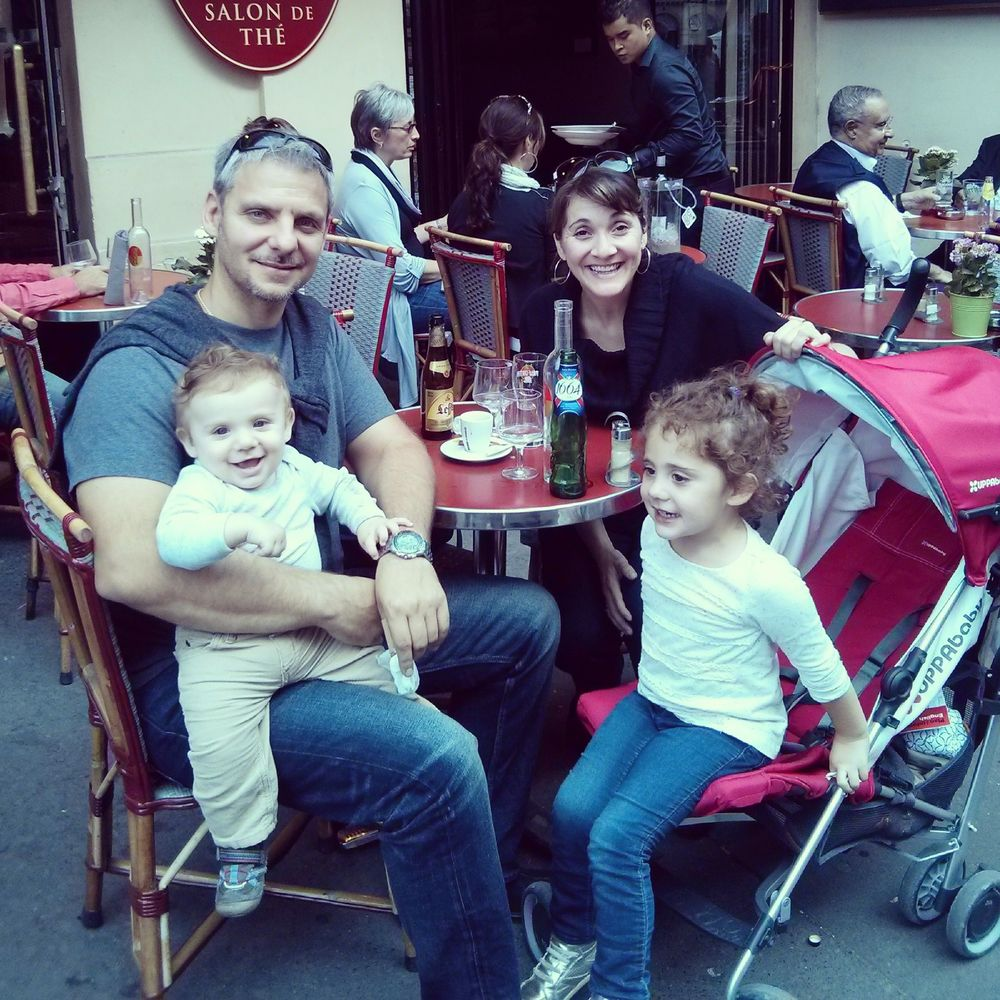 Cafe Family.jpg