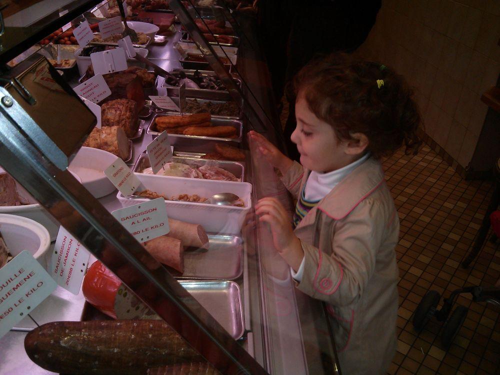 Lily select food.jpg