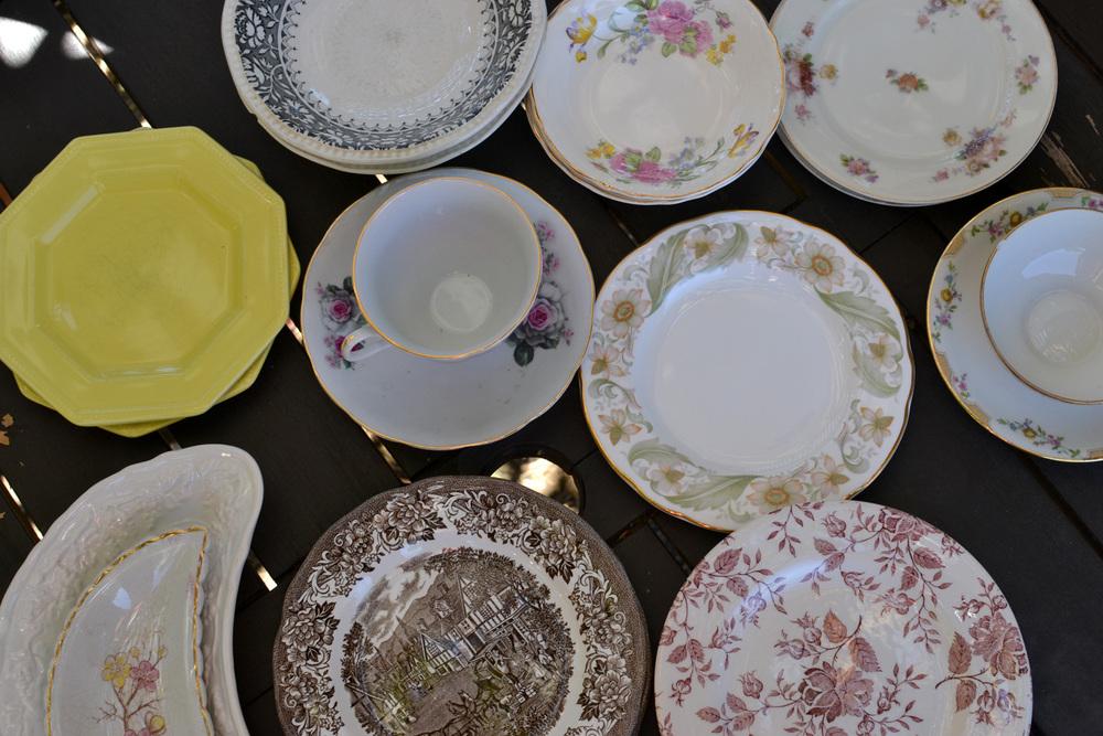 gilded_table_items04.jpg