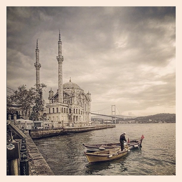 Ortakoy Mosque #Turkey #Ortakoy #Mosque #instagood #Istanbul #archtecture #architecture #water #cloud #people (Taken with Instagram at Turkey)
