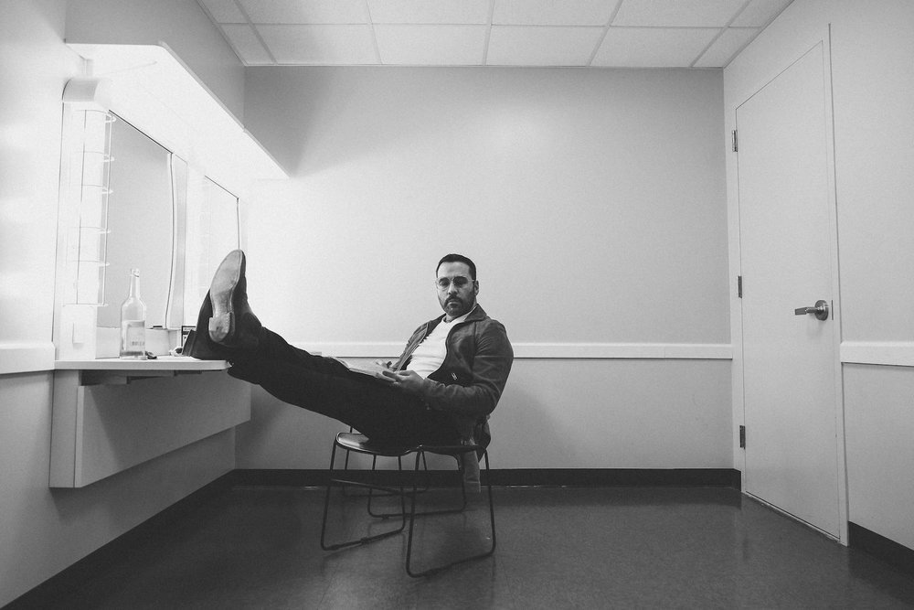 Jeremy Piven backstage before his comedy set in Ft. Lauderdale, FL.
