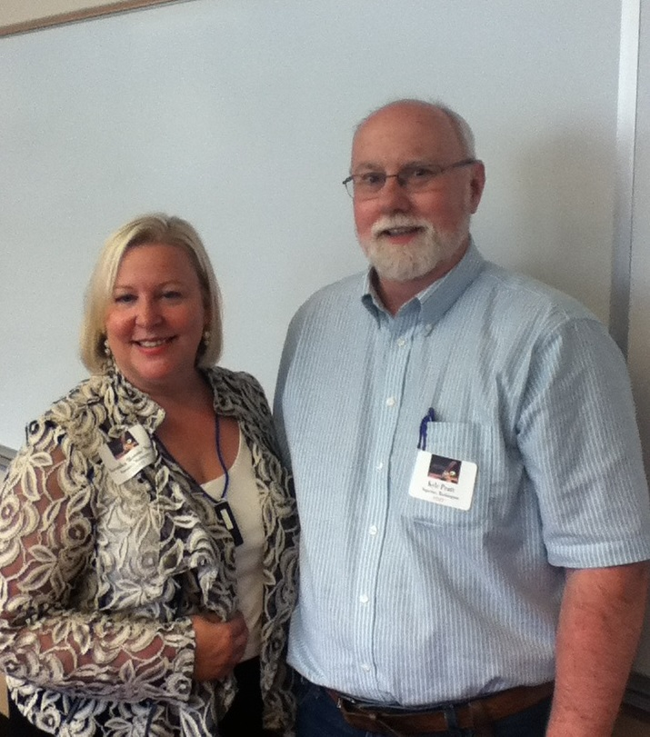 Marketing expert Veronika Noize and Kyle Pratt at the 2015 Southwest Washington Writers Conference