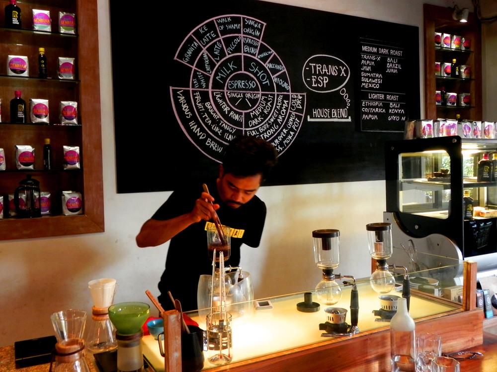 Seniman Coffee Studio || Photograph: The Oloo Blog