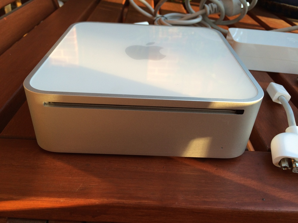 MacMini-March2009 2.jpg