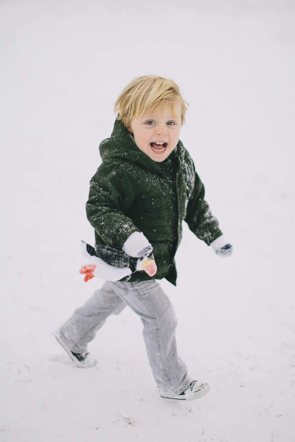 running in the snow-1.jpg