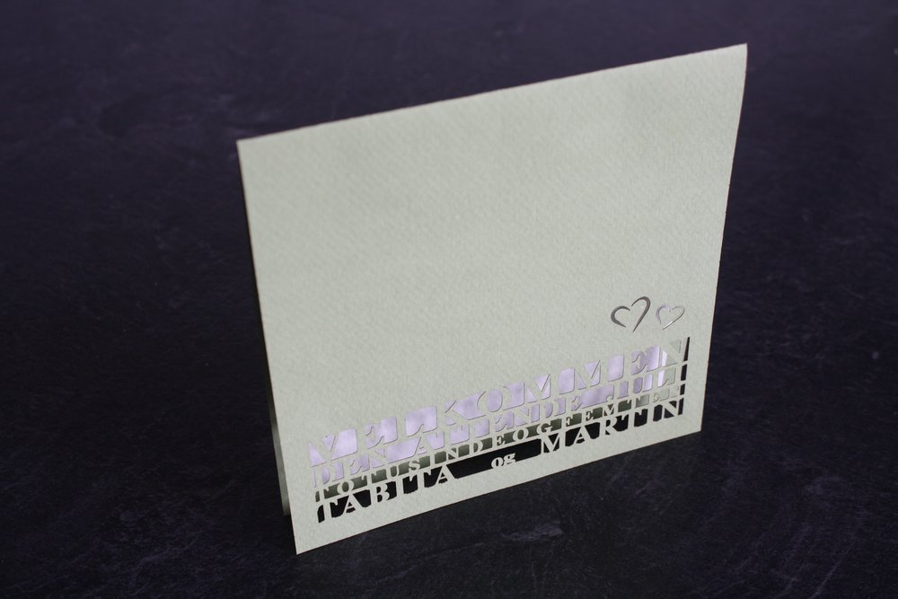 Bryllupsinvitation med lasercut.