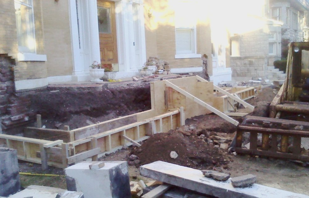 Carthage Missouri Limestone Porch