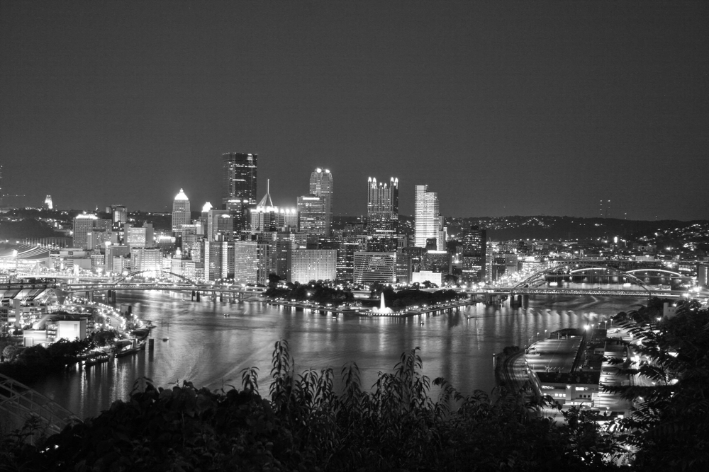 Pittsburgh Night 1 bw.jpg