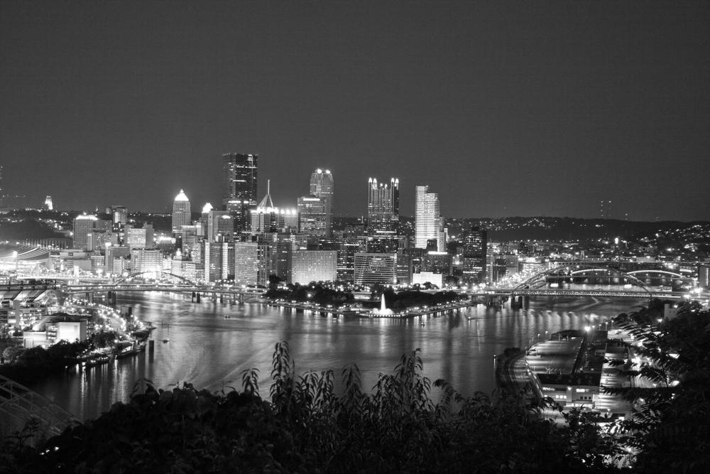 Pittsburgh Night 1 bw.jpg