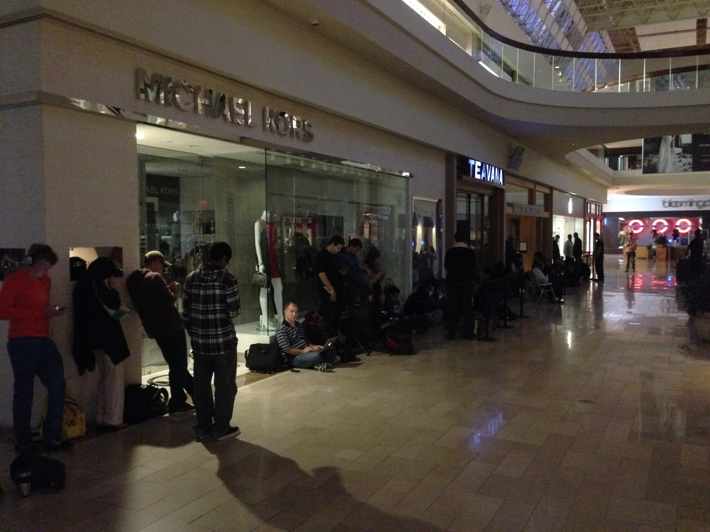 Orderly line for the Apple store in the Chestnut Hill Mall