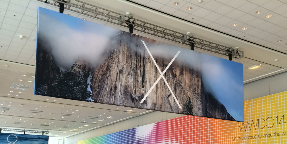 OS X banner in Moscone West (K. Sliech, iPhone 5S)