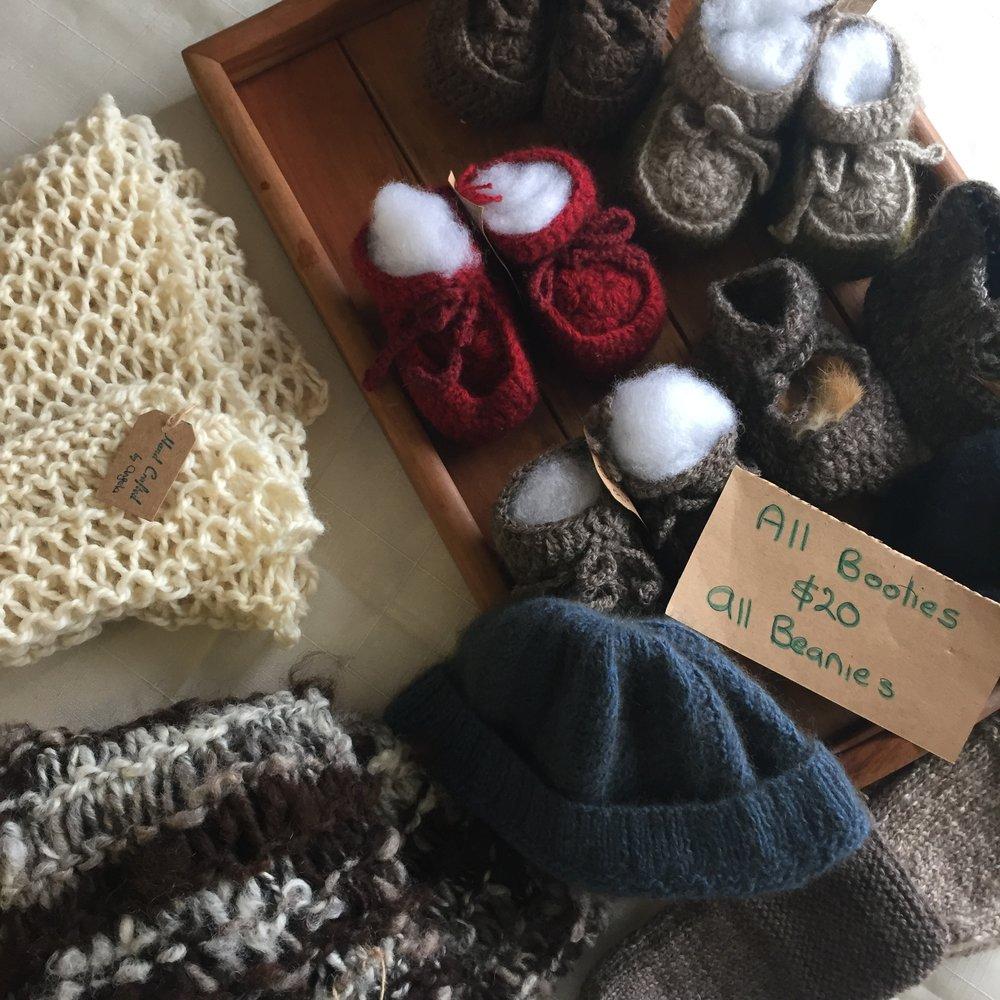 Market knitting.JPG