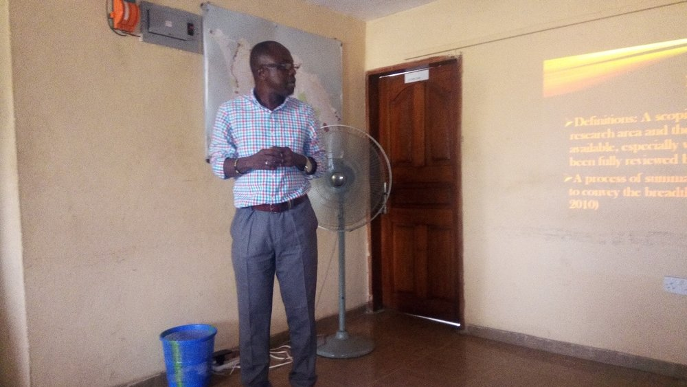 Consultant Lawrence Babawo presenting scoping study results