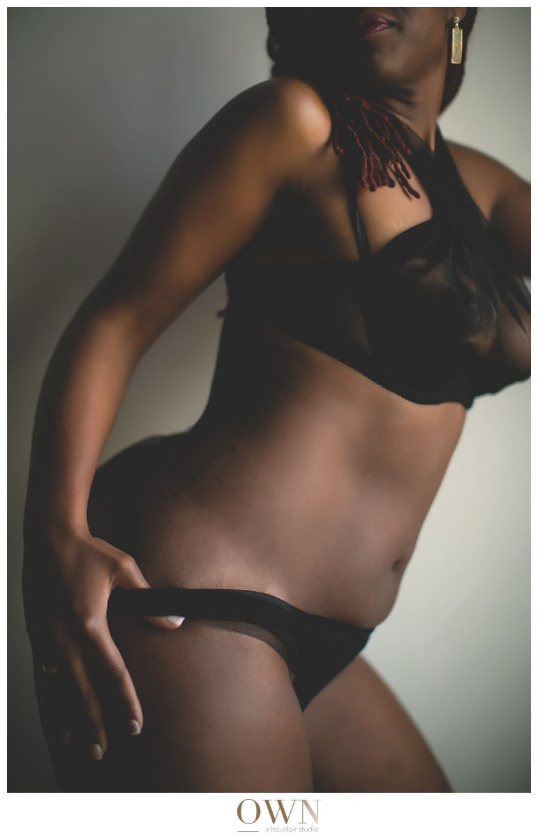 black bra and undies plain basic boudoir lingerie atlanta boudoir photographer_0078.jpg