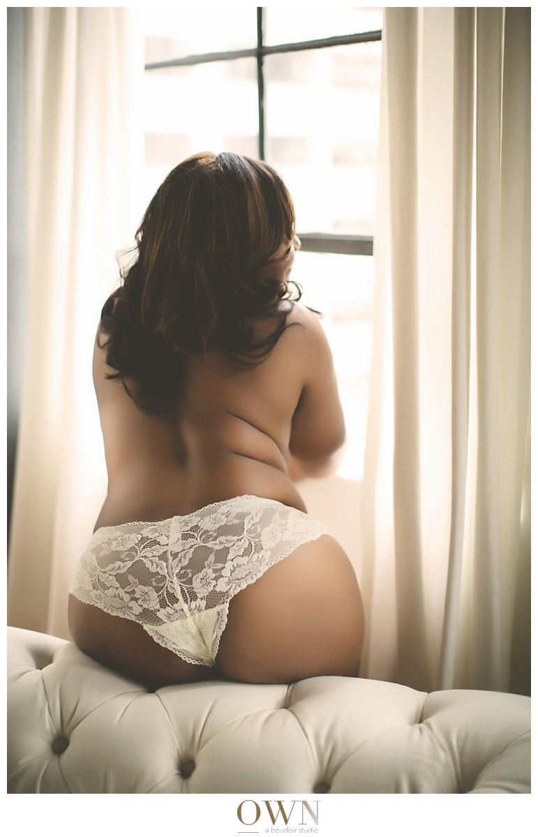plus sized boudoir photography atlanta boudoir topless black african american birthday 40th_0012.jpg