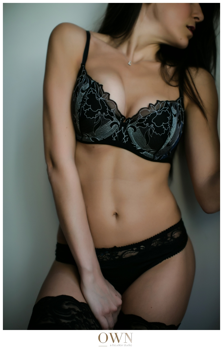 sexy abs boudoir atlanta georgia brunette woman