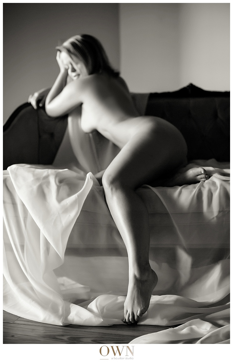 Interested in booking your OWN boudoir session? Click here.