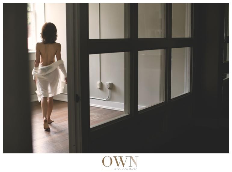 through the window photography atlanta own boudoir