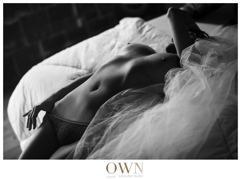 atlanta boudoir photographer black and white