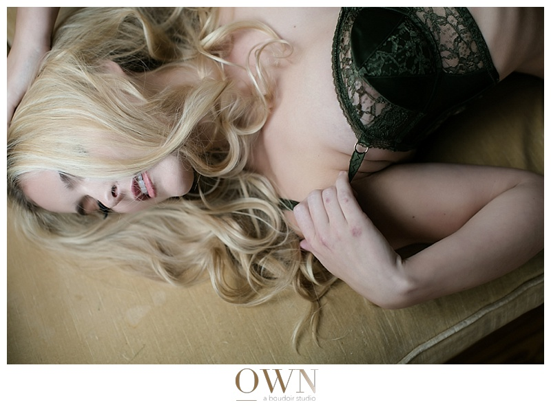 blonde boudoir session boudoir photographer atlanta own boudoir