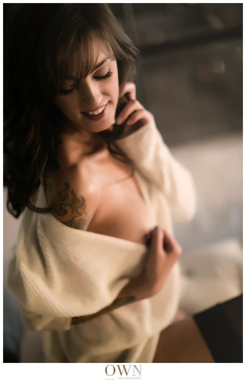 winter boudoir session