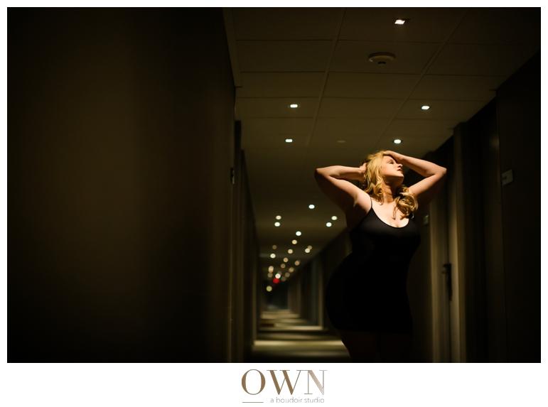 mgm hotel vegas boudoir plus size photography dramatic fashion lighting black lace