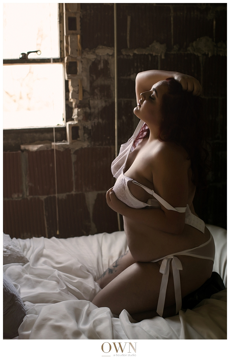 plus size boudoir photography what to wear for your boudoir session