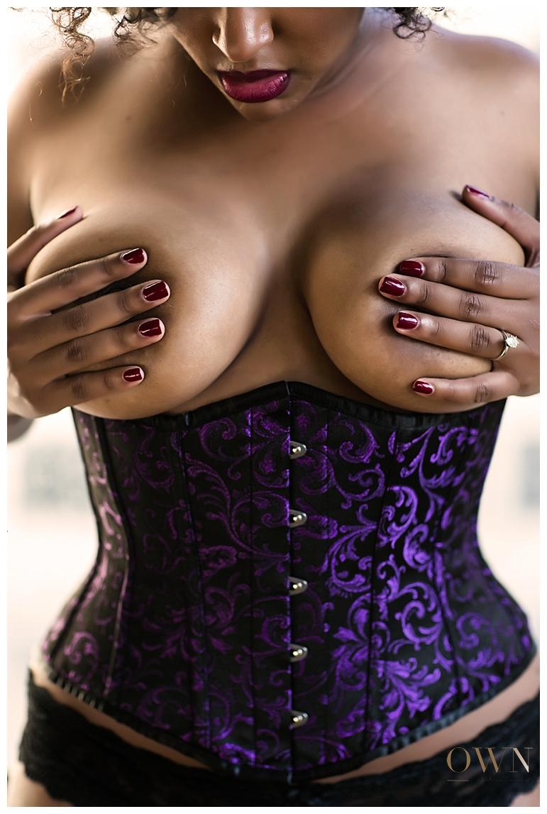 boudoir corset, boudoir atlanta, atlanta boudoir photography, boudoir photographer, atlanta boudoir photographer, purple corset boudoir, african american boudoir, natural hair boudoir, boudoir posing ideas, boudoir photography ideas, best boudoir photographer