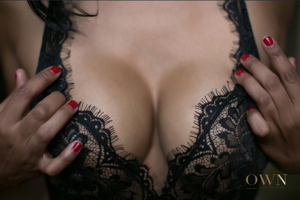 boudoir atlanta, atlanta boudoir session, boudoir lingerie ideas, atlanta boudoir photographer, boudoir pose ideas, boudoir posing, atlanta boudoir.