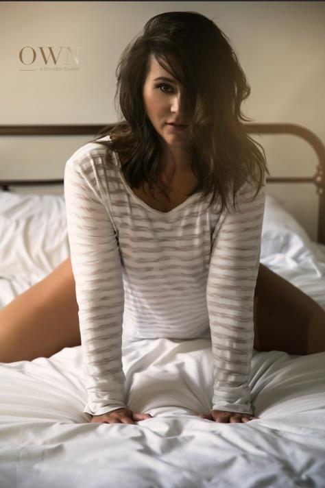 Sleepshirt boudoir, boudoir photography atlanta, atlanta boudoir, boudoir wardrobe ideas, boudoir pose ideas