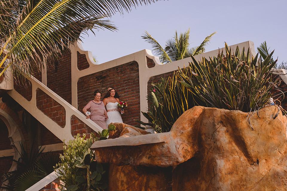 Ashley+Mark_Vallarta_Mazatlan_PuertoVallarta_Blog_KapePhotography_DestinationWedding_WeddingPhotography_Mexico_068.jpg