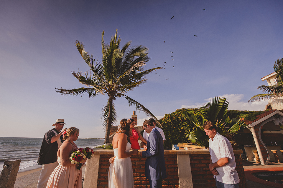 Ashley+Mark_Vallarta_Mazatlan_PuertoVallarta_Blog_KapePhotography_DestinationWedding_WeddingPhotography_Mexico_079.jpg