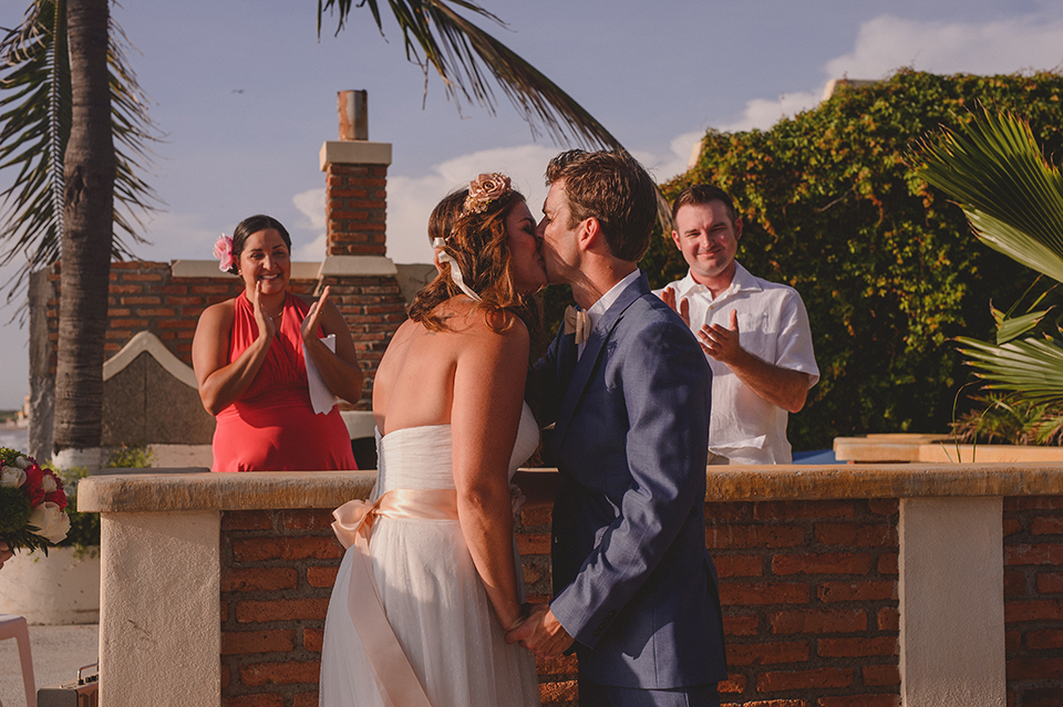 Ashley+Mark_Vallarta_Mazatlan_PuertoVallarta_Blog_KapePhotography_DestinationWedding_WeddingPhotography_Mexico_082.jpg