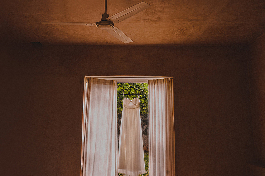 Christine_Nate_Blog_KapePhotography_Merida_Cuernavaca_DestinationWedding_Mexico_WeddingPhotographer_012.jpg