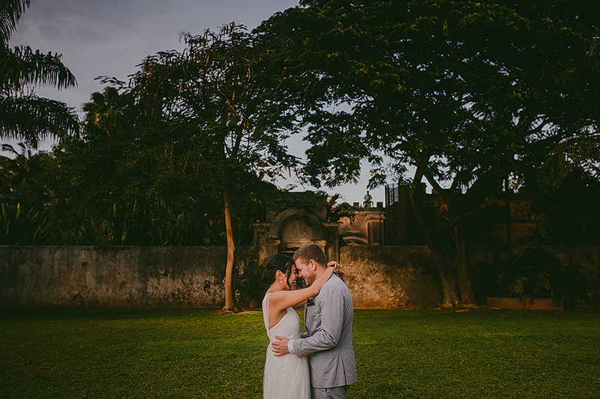 Christine_Nate_Blog_KapePhotography_Merida_Cuernavaca_DestinationWedding_Mexico_WeddingPhotographer_082.jpg