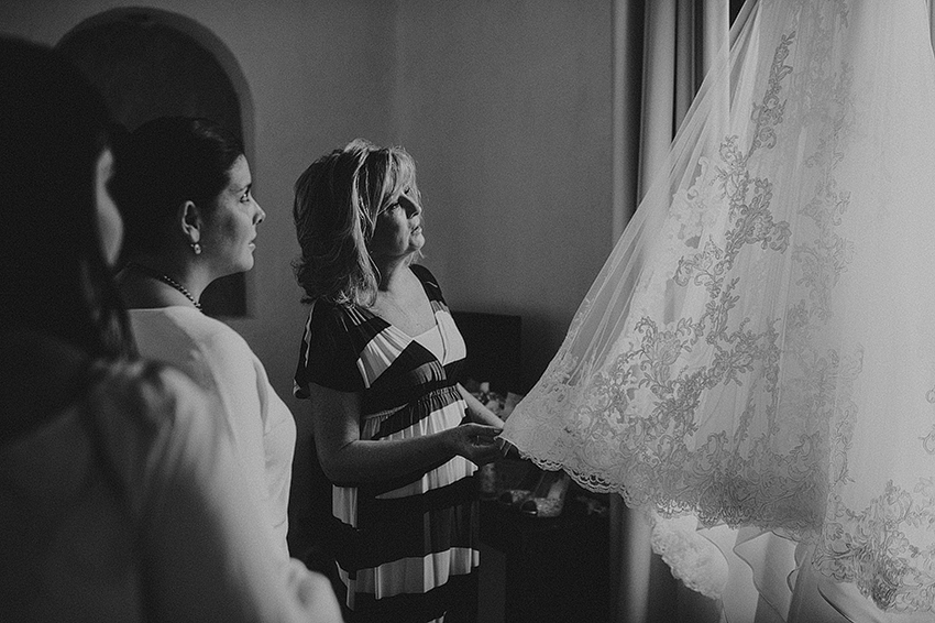 AnaCeci+Luis_Blog_KapePhotography_Cuernavaca_DestinationWedding_Mexico_WeddingPhotographer_013.jpg