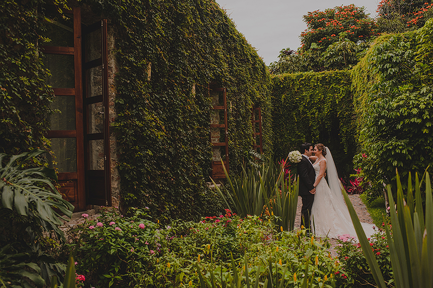 AnaCeci+Luis_Blog_KapePhotography_Cuernavaca_DestinationWedding_Mexico_WeddingPhotographer_030.jpg