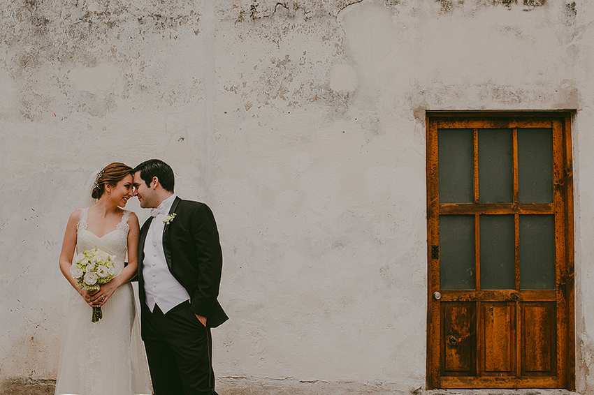 AnaCeci+Luis_Blog_KapePhotography_Cuernavaca_DestinationWedding_Mexico_WeddingPhotographer_040.jpg
