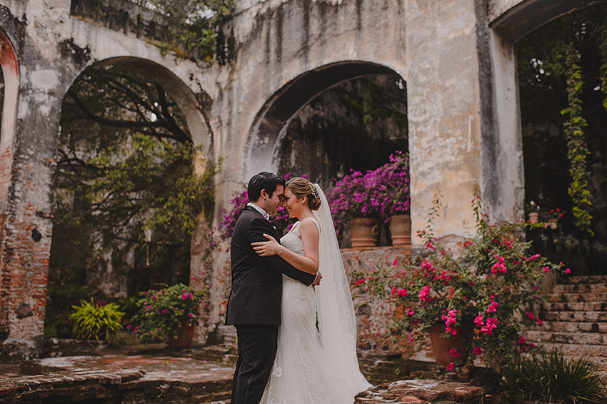 AnaCeci+Luis_Blog_KapePhotography_Cuernavaca_DestinationWedding_Mexico_WeddingPhotographer_044.jpg