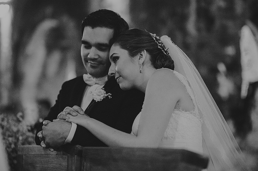 AnaCeci+Luis_Blog_KapePhotography_Cuernavaca_DestinationWedding_Mexico_WeddingPhotographer_066.jpg