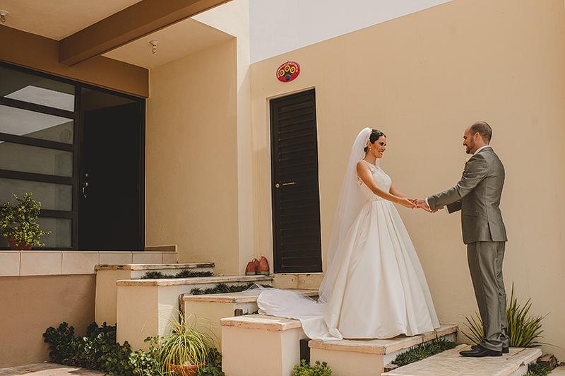 Roxana_Erik_Blog_KapePhotography_Merida_PuertoVallarta_Caletas_LasCaletas_DestinationWedding_Monterrey_Mexico_WeddingPhotographer_026.jpg
