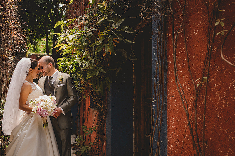 Roxana_Erik_Blog_KapePhotography_Merida_PuertoVallarta_Caletas_LasCaletas_DestinationWedding_Monterrey_Mexico_WeddingPhotographer_037.jpg