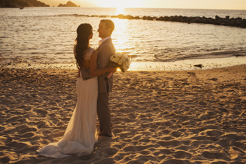 Joshua_Tiffany_Wedding_Puerto_Vallarta_GarzaBlanca_Photographer_Destination_095.jpg
