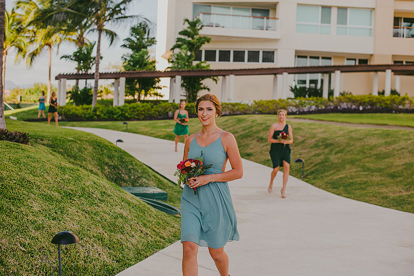 Kelsey+Chris_Blog_PuertoVallarta_DestinationWedding_Weddingphotography_KapePhotography_Mexico_057.jpg