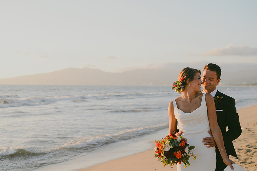 Kelsey+Chris_Blog_PuertoVallarta_DestinationWedding_Weddingphotography_KapePhotography_Mexico_098.jpg