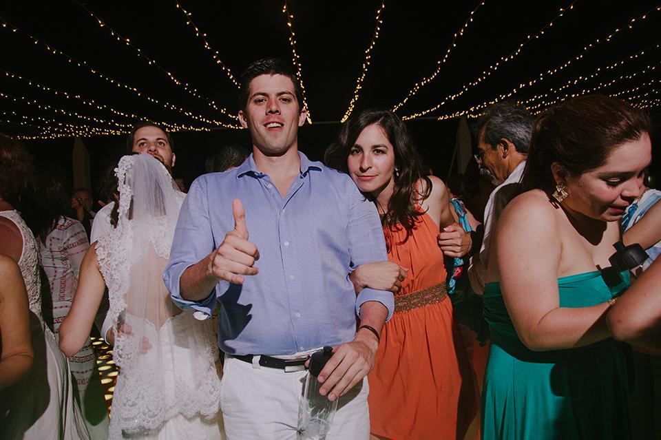 Sam+Alejandro_PlayadelCarmen_KapePhotography_destinationwedding_weddingphotography_mexico_fotografo_boda_cancun_rivieramaya_villasolyluna133.jpg