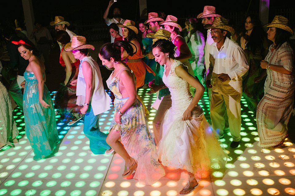 Sam+Alejandro_PlayadelCarmen_KapePhotography_destinationwedding_weddingphotography_mexico_fotografo_boda_cancun_rivieramaya_villasolyluna152.jpg