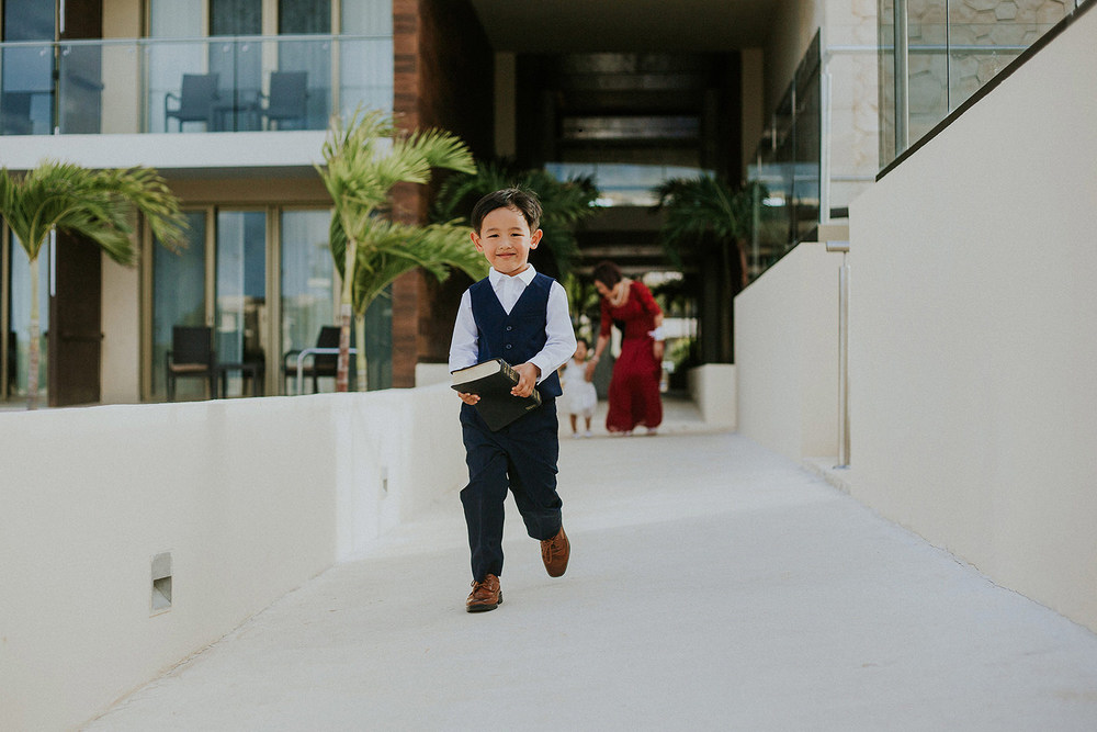 CherylReed_Wedding_Kape_Photography_WeddingPhotography_Mexico_Boda_Fotografia_Royalton_Hideway_Cancun_RivieraMaya_PlayadelCarmen_Beach_216FB_BLOG.jpg