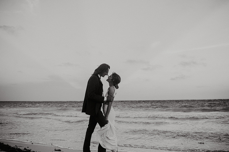 AllisonLevi-Tulum-Wedding-Photographer-416.jpg